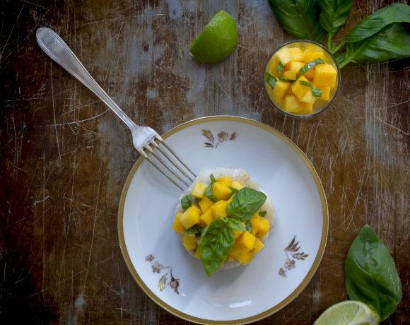 burger-di-pescatrice-insalata-di-mango-lime-basilico-5-ricetta-estiva-facile-fresco-senso-contemporaneo-food