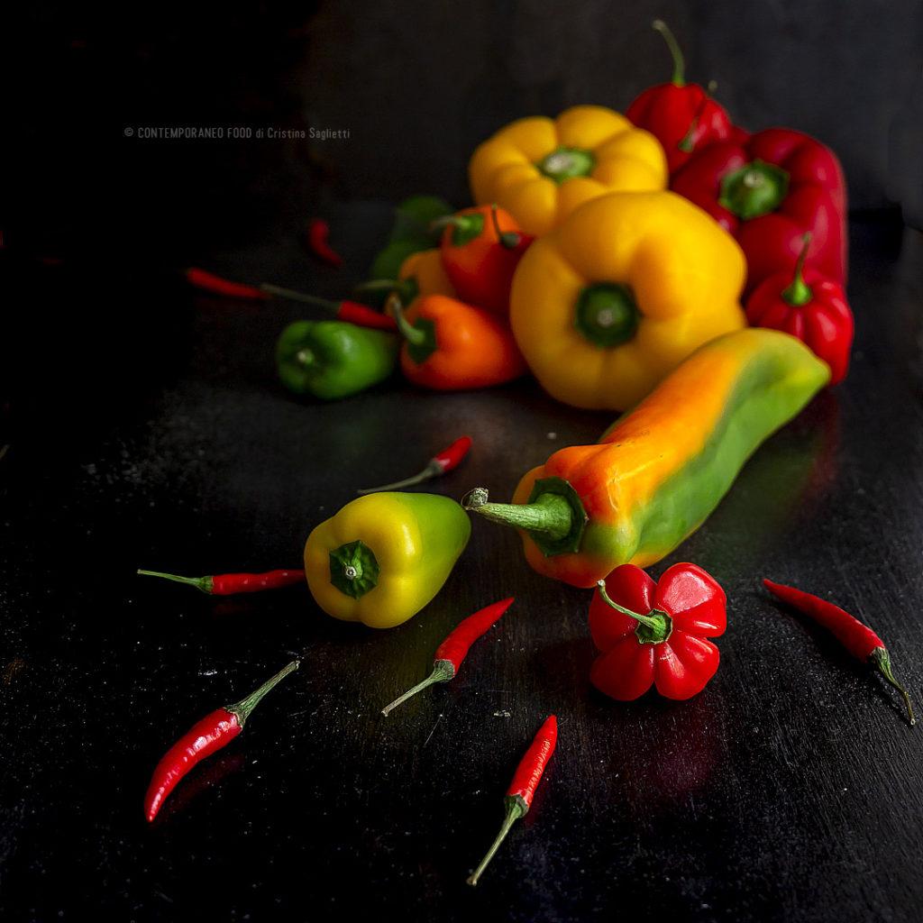peperoni-stagionalità-proprietà-controindicazioni-contemporaneo-food