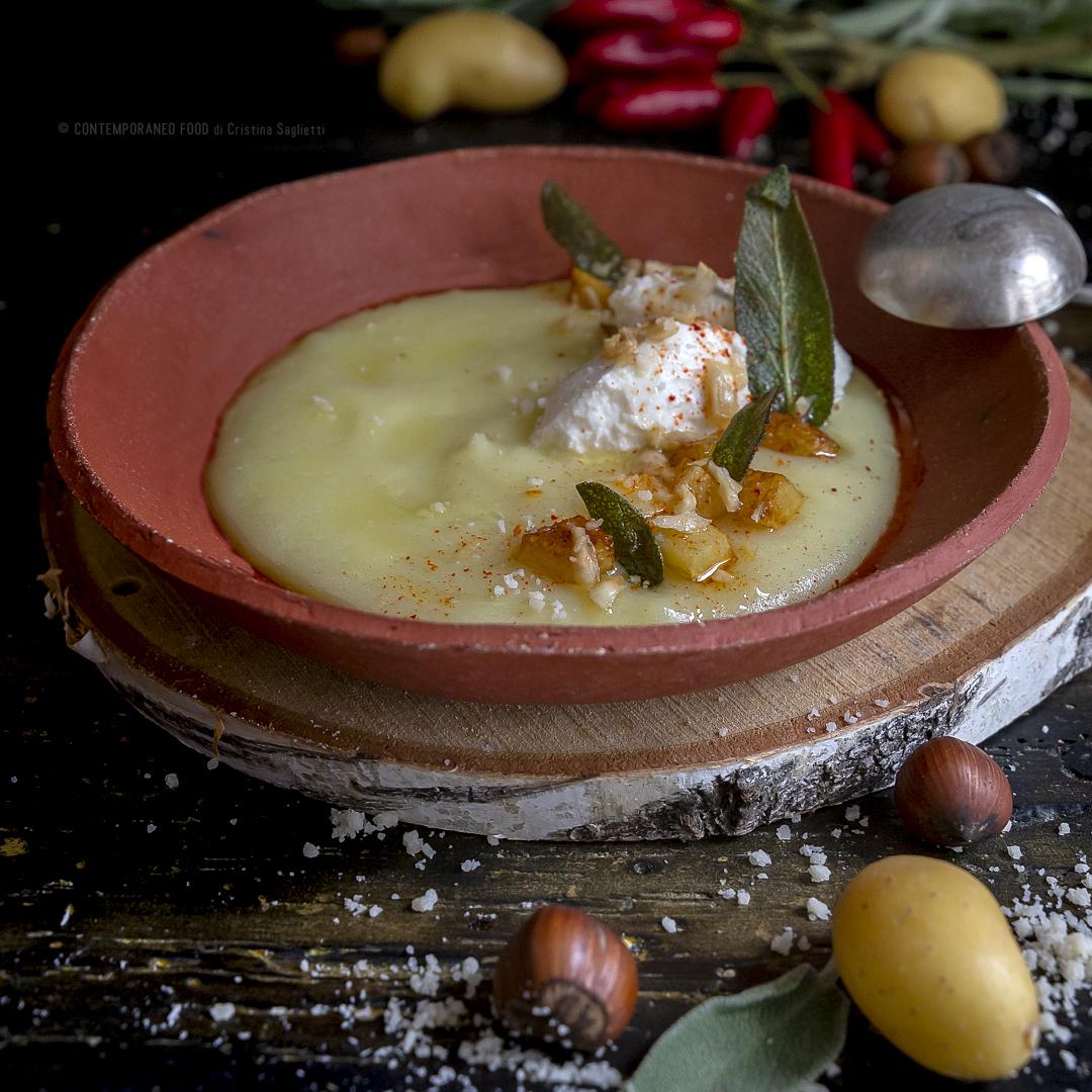 vellutata-patate-al-latte-al-profumo-di-salvia-con-quenelle-di-ricotta-nocciole-peperoncino-ricetta-vegetariana-minestra-facile-contemporaneo-food