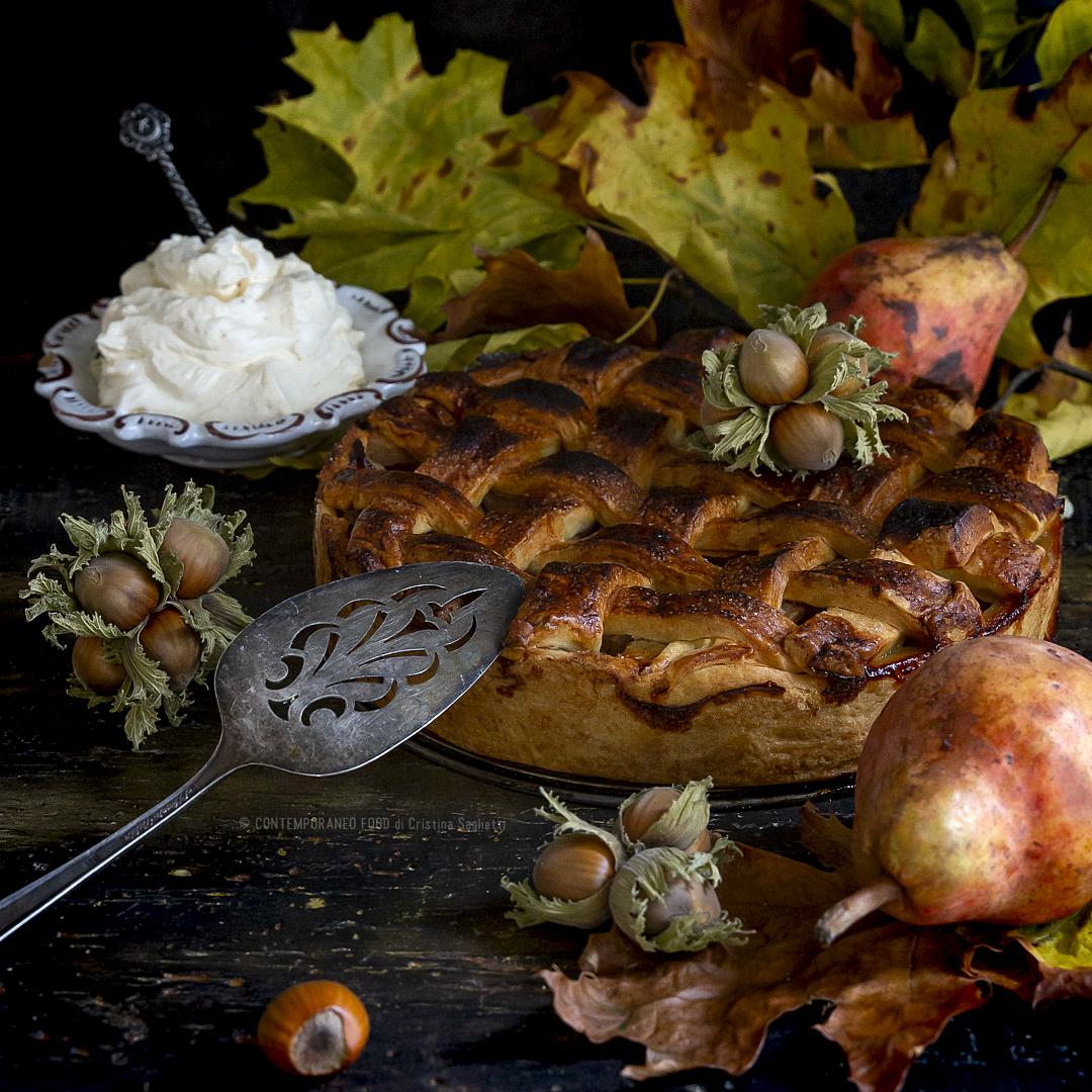 pie-di-pere-con-crosta-alle-nocciole-chantilly-allo-zabaione-merenda-facile-contemporaneo-food