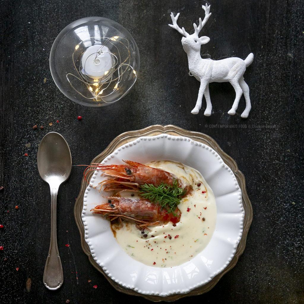 crema-di-parmigiano-e-aneto-con-gamberi-spadellati-antipasto-facile-natale-contemporaneo-food