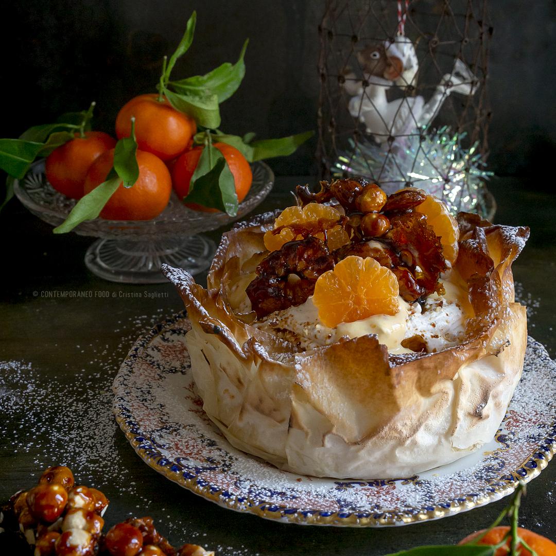 torta-con-pasta-phillo-curd-di-clementine-chantilly-al-croccate-dolce-di-natale-contemporaneo-food