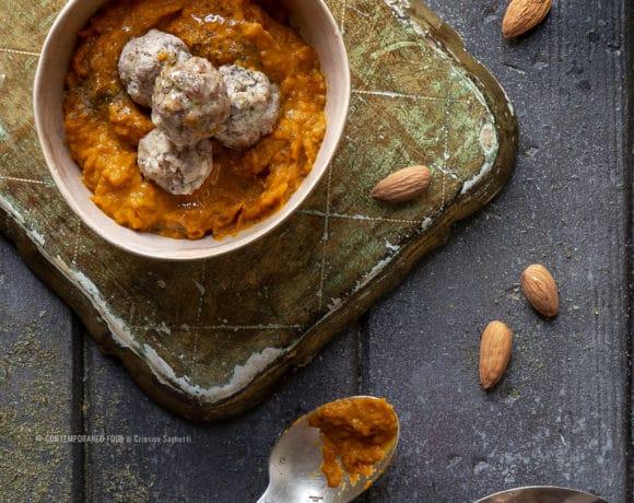 crema-di-carote-arrosto-con-polpettine-menta-mandorle-piatto-unico-facile-sano-contemporaneo-food