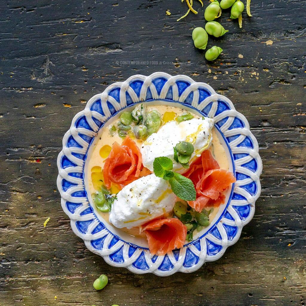 ile-flottant-salata-con-pecorino-trota-salmonata-fave-fresche-antipasto-di-pesce-contemporaneo-food