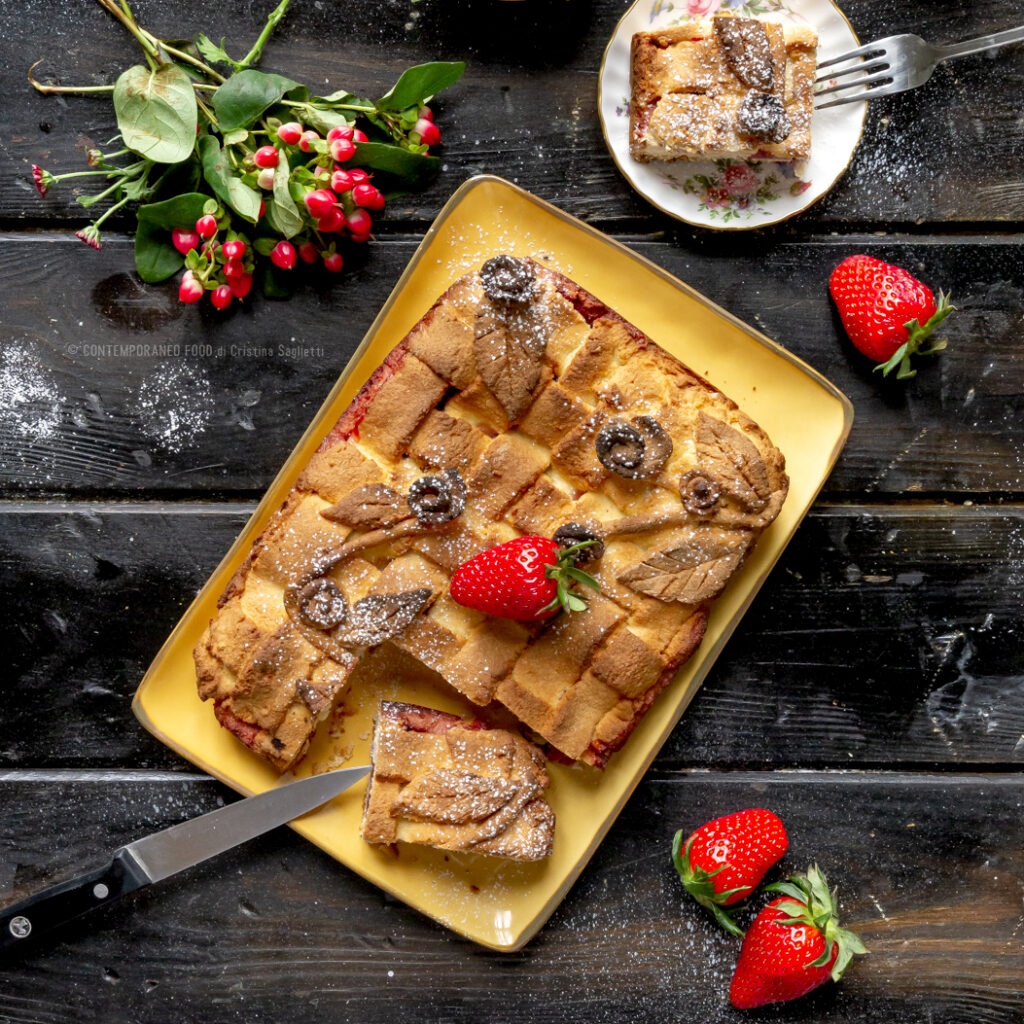 frolla-lievitata-morbidissima-alla-farina-di-cocco-con-fragole-dolce-facile-frutta-contemporaneo-food
