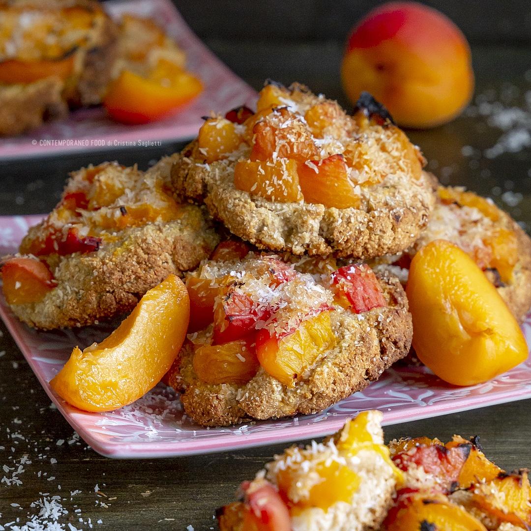 biscotti-morbidi-con-farina-di-cocco-albicocche-dolce-facile-veloce-con-la-frutta-merenda-contemporaneo-food