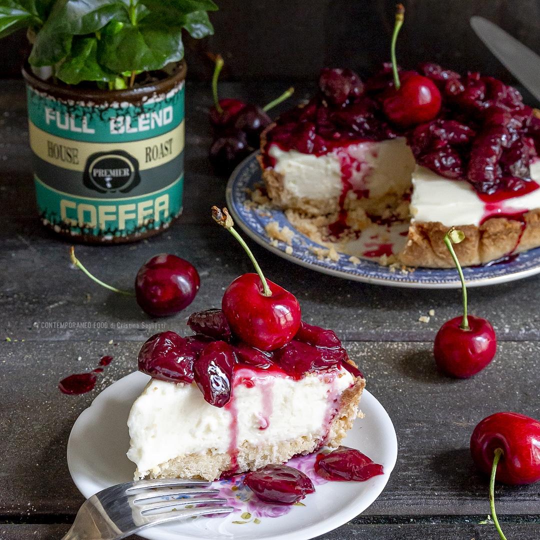 cheesecake-al-latte-condensato-ciliegie-frolla-veloce-dolce-facile-alla-frutta-contemporaneo-food