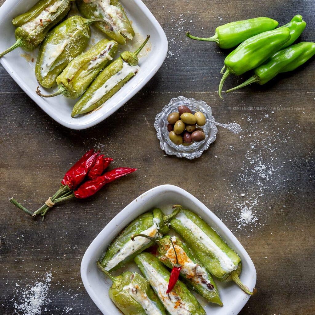 friggitelli-ripieni-ricotta-menta-peperoncino-taggiasche-secondo-piatto-facile-veloce-light-vegetariano-contemporaneo-food