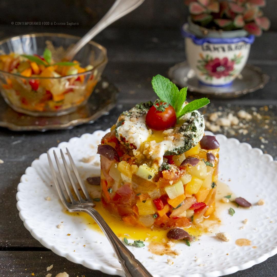 tartare-di-verdure-con-uovo-poché-facile-alla-menta-secondo-piatto-vegetariano-estivo-facile-contemporaneo-food