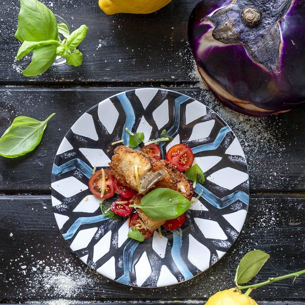 melanzana-fritta-con-ricotta-cannolo-fritto-ricetta-estiva-vegetariana-facile-contemporaneo-food