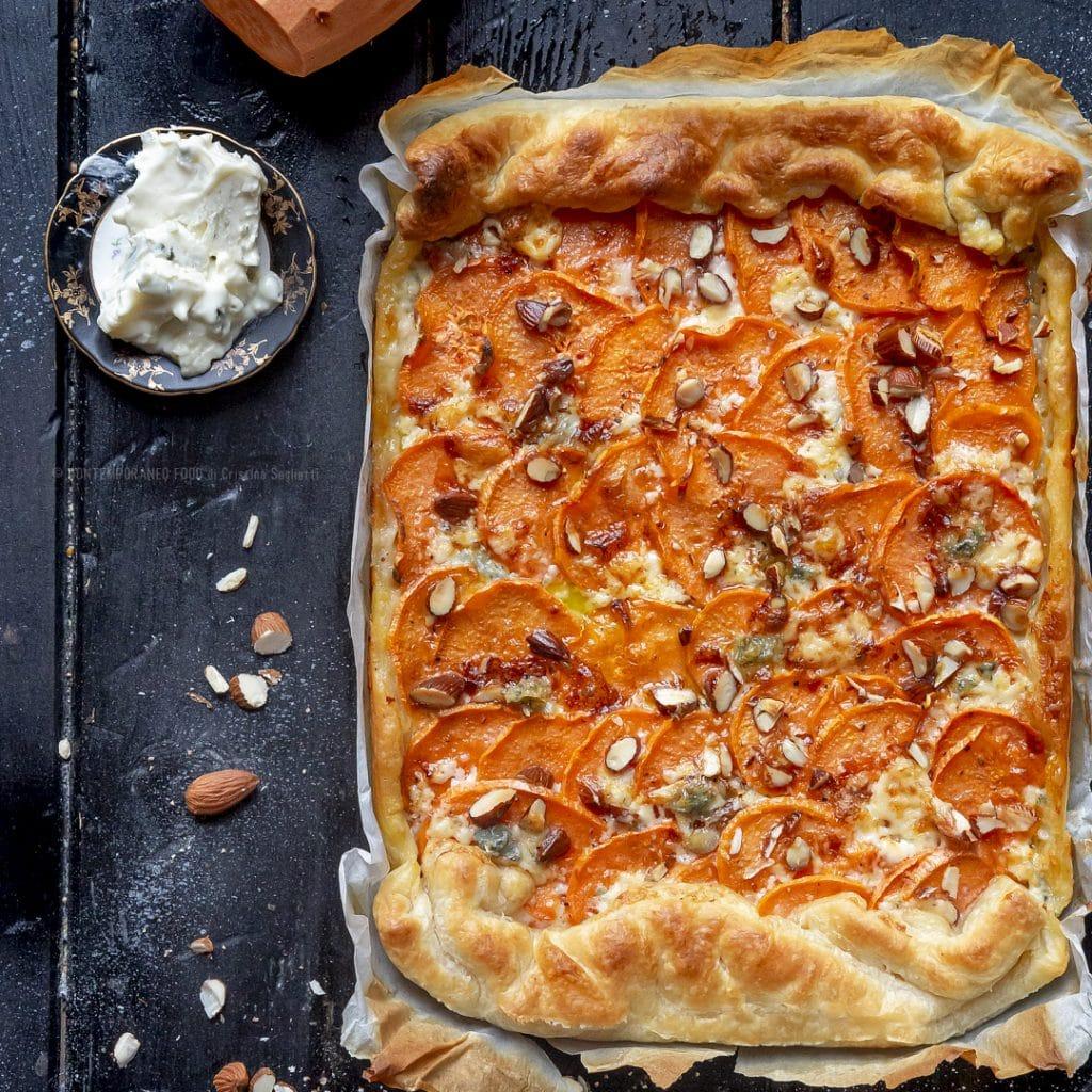 torta-salata-patate-dolci-gorgo-al-mascarpone-mandorle-ricetta-facile-veloce-vegetariana-contemporaneo-food