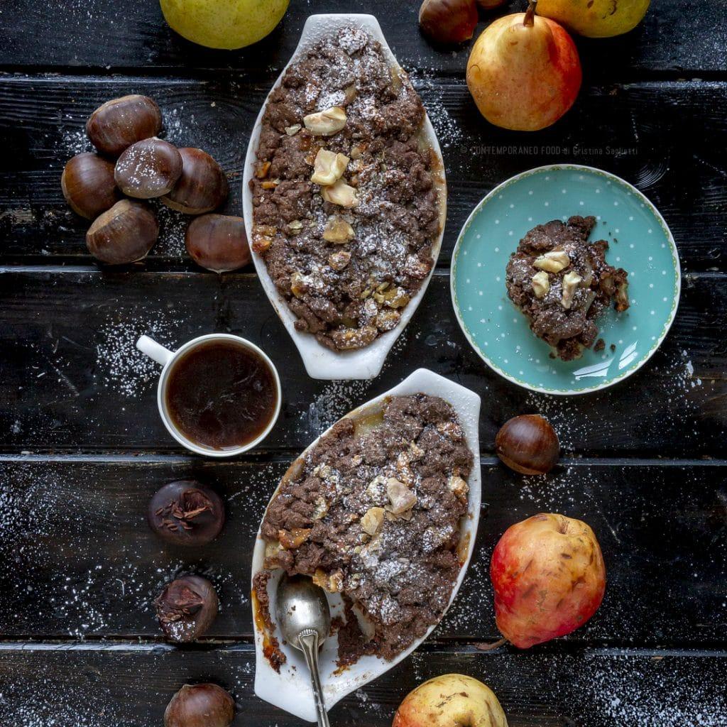 crumble-al-cacao-e castagne-con-pere-al-profumo-limone-dolce-facile-brunch-merenda-contemporaneo-food
